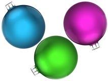 Uppsättning av färgrika julkulor royaltyfri fotografi