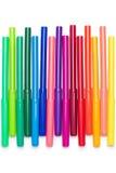 Uppsättning av färgrika pennor för filtspets som isoleras på vit Arkivbilder