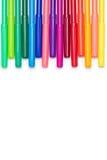 Uppsättning av färgrika pennor för filtspets som isoleras på vit Arkivfoton