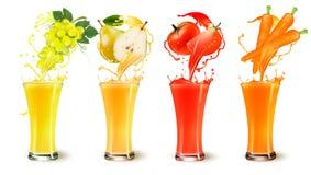 Uppsättning av färgstänk för fruktfruktsaft i ett exponeringsglas Royaltyfri Foto