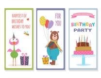 Uppsättning av födelsedaghälsningkort med gulliga djur royaltyfri illustrationer