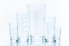 Uppsättning av fem resistenta koniska dryckeskärlar för tom temperatur av det olika formatet Arkivfoto