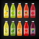 Uppsättning av flaskor av frukt och grönsakfruktsaft Vektor Illustrationer