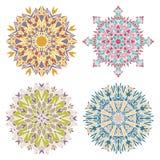 Uppsättning av fyra geometriska mosaikmandalas Royaltyfri Bild