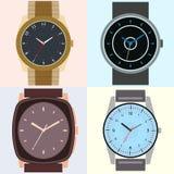 Uppsättning av fyra klockor Klockaframsida med timme, minut och andra händer stock illustrationer