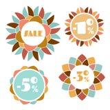 Uppsättning av fyra runda etiketter för mosaikblommaförsäljning Royaltyfri Foto