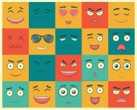 Uppsättning av fyrkantiga emoticons Emoticon för webbplatsen, pratstund, sms vektor Royaltyfria Bilder