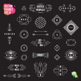 Uppsättning av geometriska logotyper, ramar, tecken, emblem och emblem Arkivbild