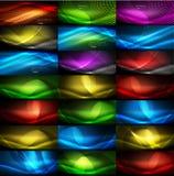Uppsättning av glödande neontechnoformer, abstrakt bakgrundssamling Futuristiska magiska utrymmetapeter för vektor Royaltyfri Foto