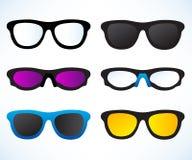Uppsättning av glasögon och solglasögon royaltyfri illustrationer