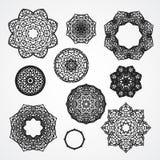 Uppsättning av gotiska cirkelprydnadrosor i vektor som isoleras Arkivfoton
