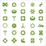 Uppsättning av 30 gröna symboler och diagram Arkivfoton