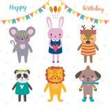 Uppsättning av gulliga tecknad filmdjur för design för lycklig födelsedag Rolig bac Arkivbild