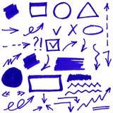 Uppsättning av hand-målade markören för blått den abstrakt begrepp Arkivbild