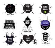 Uppsättning av handen - gjord logo, etiketter och designbeståndsdelar Arkivfoton