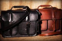 Uppsättning av handgjorda affärspåsar för läder royaltyfria bilder