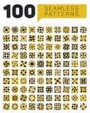 Uppsättning av hundra sömlösa etniska geometriska Retro modeller i svarta vit- och gulingfärger Royaltyfria Bilder