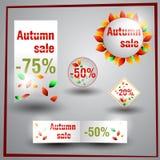 Uppsättning av klistermärkear och etiketter för höstförsäljningarna Arkivfoto