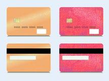 Uppsättning av kreditkortar på främre och bakre Design av plast- kort i röda och guldsignaler Arkivfoton