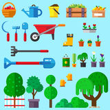 Uppsättning av lägenheten som arbeta i trädgården symboler Royaltyfria Bilder