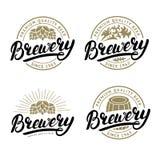 Uppsättning av logoen för bokstäver för bryggerihand den skriftliga, etikett, emblem royaltyfri foto
