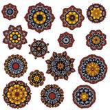 Uppsättning av mandalas, rund etnisk prydnad Tappning snör åt mönstrar Ljus cirkelillustration Royaltyfri Fotografi