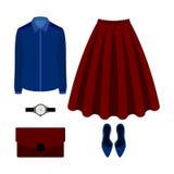 Uppsättning av moderiktiga kvinnors kläder med den röda kjolen, blusen och tillträde Royaltyfri Foto