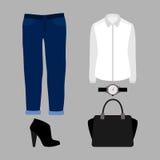 Uppsättning av moderiktiga kvinnors kläder med jeans, skjortan och tillbehör Royaltyfria Foton