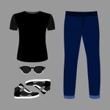 Uppsättning av moderiktiga mäns kläder med jeans, t-skjorta, exponeringsglas Royaltyfria Bilder
