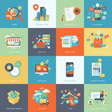 Uppsättning av moderna plana symboler för designbegrepp för online-shopping Royaltyfri Foto