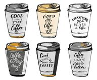 Uppsättning av motivational citationstecken om kaffe Räcka bokstäver- och egentypografi för din design Arkivfoto