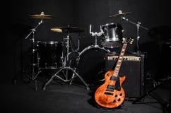 Uppsättning av musikinstrument Royaltyfria Bilder