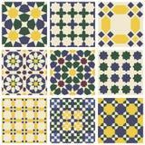 Uppsättning av nio orientaliska islamiska mauretanska sömlösa modeller Vektor Illustrationer