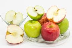Uppsättning av nya äpplen Royaltyfria Bilder