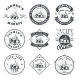 Uppsättning av nya etiketter för retro lantgård, emblem och designbeståndsdelar vektor Fotografering för Bildbyråer