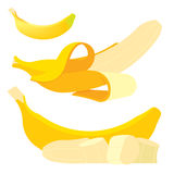 Uppsättning av nya gula bananer Arkivbilder