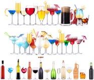 Uppsättning av olika alkoholdrycker och coctailar arkivfoton