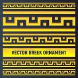 Uppsättning av olika storleksanpassade antika guld- gränser vektor illustrationer