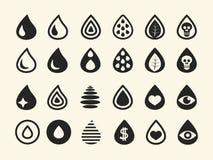Uppsättning av olika svarta vattendroppsymboler på vit Royaltyfria Foton