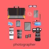 Uppsättning av photographer& x27; s-utrustning royaltyfri illustrationer