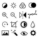 Uppsättning av plana svartvita redigerande symboler Kontrast ljusstyrka, tonen, färg, filtret, kurva, jämnar symboler vektor illustrationer