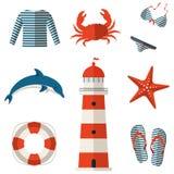 Uppsättning av plana symboler för hav och för strand. Vektorillustration. Royaltyfri Foto