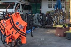 Uppsättning av räddningsaktionhjälpmedlet Arkivfoton