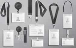Uppsättning av realistiska anställdidentitetskorter på svarta taljerep med remgem, kabel och omfamningvektor I Royaltyfri Fotografi