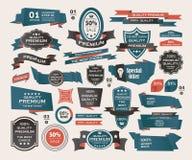 Uppsättning av Retro band och etiketter, origamibaner Royaltyfri Bild