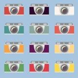 Uppsättning av retro kameror Plan design royaltyfri illustrationer