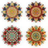 Uppsättning av runda etniska designbeståndsdelar Royaltyfri Bild