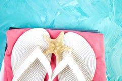 Uppsättning av säsongen för sommar för tillbehör för saker för kvinna` s royaltyfria bilder