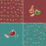 Uppsättning av 4 sömlösa texturer med frukter Stock Illustrationer