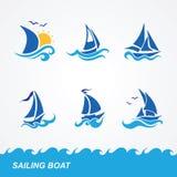 Uppsättning av segelbåtsymboler Royaltyfri Fotografi